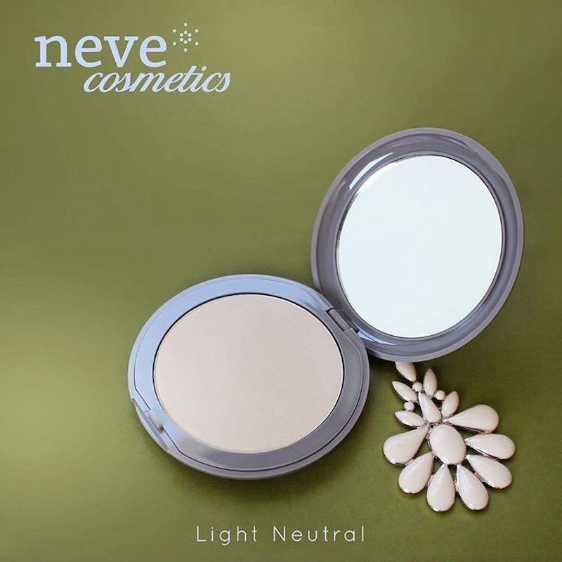 Neve Cosmetics Flat Perfection Foundation Puder u kamenu Light Neutral