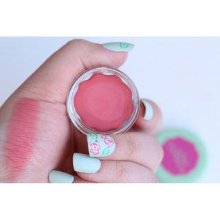Neve Cosmetics Blush Garden Kremasto Rumenilo Monday Rose