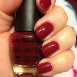 Lak za nokte L.A. COLORS Color Craze Nail Polish - Berry Red